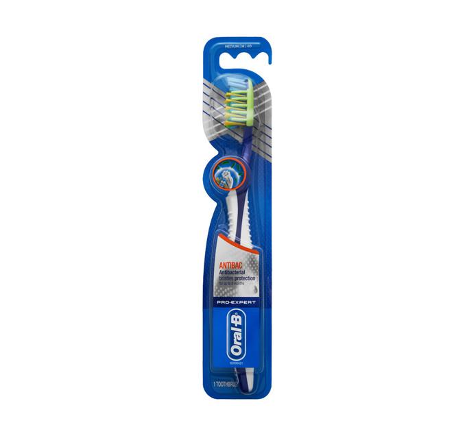 ORAL B Pro-Expert Cross Action Toothbrush 40 Medium (1 x 1's)