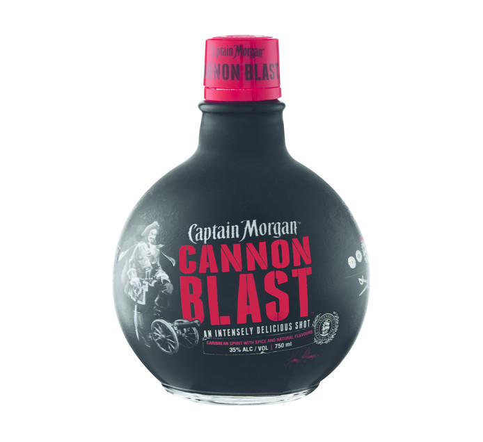 CAPTAIN MORGAN Cannon Blast Rum with Spice and Natural Flavours Collectors Item (1 x 750ml)