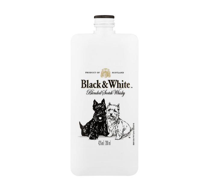 BLACK & WHITE Pocket Scotch Whisky (12 x 200ML)